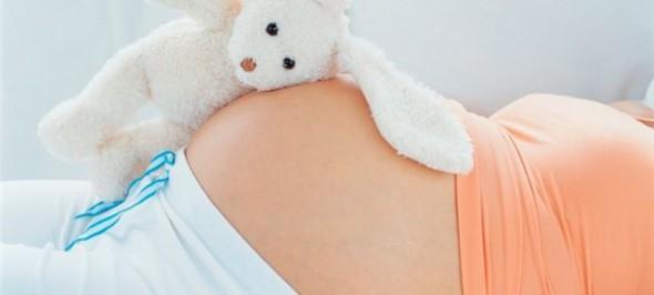 soin femme enceinte: les sens de votre bébé